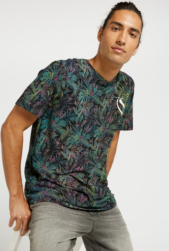 Slim Fit All-Over Print T-shirt with Crew Neck and Short Sleeves