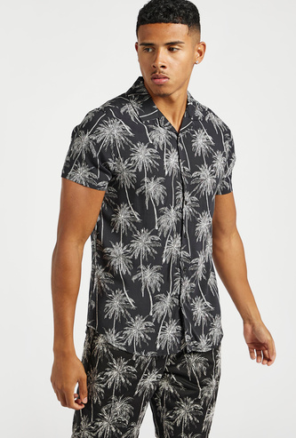 Slim Fit All-Over Palm Print Shirt with Short Sleeves