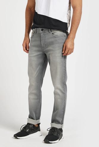 بنطلون جينز طويل بجيوب وحلقات حزام