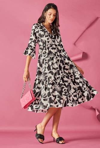 All-Over Print Tiered Midi Dress with V-neck and 3/4 Sleeves