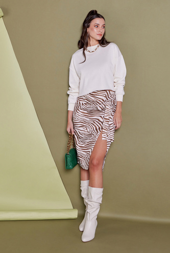 All-Over Print Midi Pencil Skirt with Knot and Slit Detail