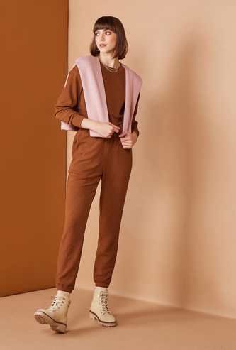 Textured Cropped High-Rise Slim-Fit Pants with Pockets