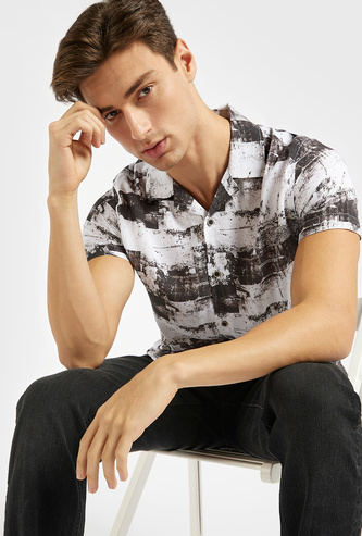 All-Over Print Shirt with Short Sleeves and Spread Collar