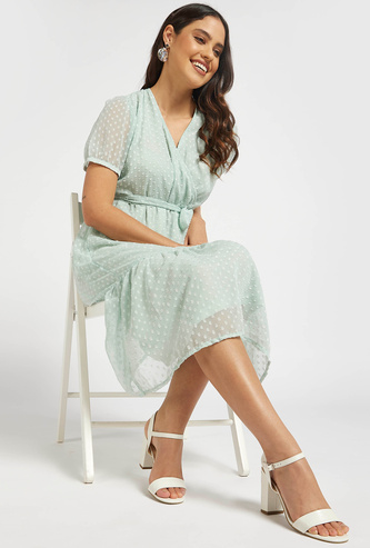 Textured Tiered Midi Dress with Short Sleeves and Tie-Ups