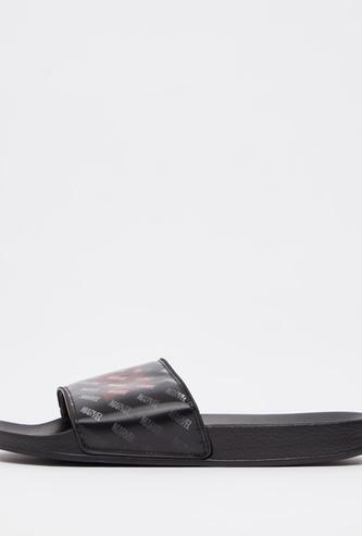 حذاء خفيف بطبعات هولوجرام مارفل
