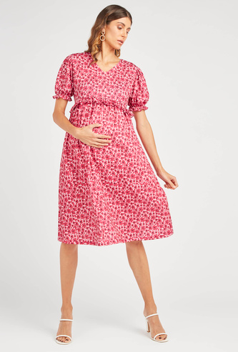 Printed Knee-Length A-line Dress with V-neck and Puff Sleeves