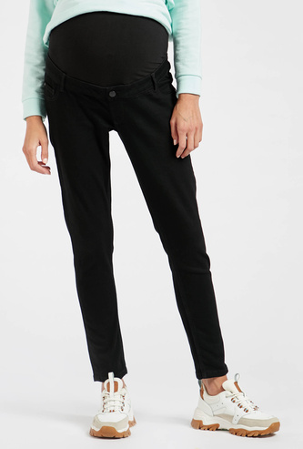 Solid Mid-Rise Full Belly Maternity Jeans with Zipper Closure