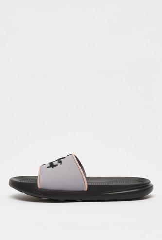 حذاء خفيف بارز الملمس بتصميم ميكي وميني ماوس