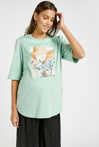 Graphic Print Maternity T-shirt with Stud Detail