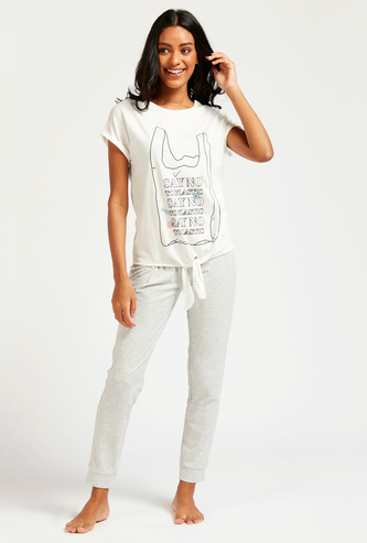 Graphic Print Short Sleeves T-shirt and Full Length Pyjama Set