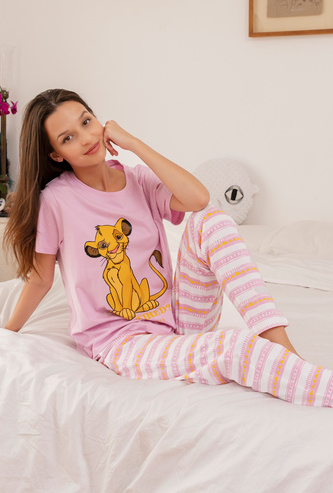 The Lion King Print T-shirt and Full Length Pyjama Set