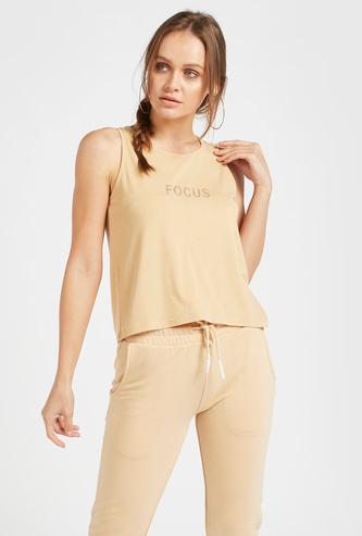 Text Print Sleeveless Vest with Round Neck