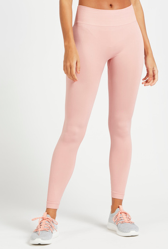 Full Length Mid-Rise Seamless Leggings with Rib Detail