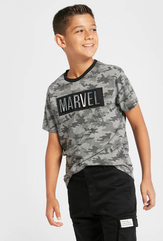Marvel Foil Print Embossed T-shirt with Crew Neck and Short Sleeves