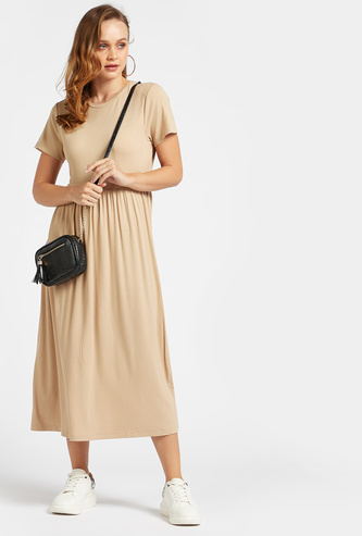 Ribbed Round Neck A-line Midi Dress with Short Sleeves