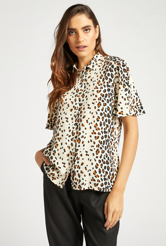 Animal Print Shirt with Collar and Flutter Sleeves