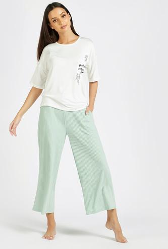 Graphic Print Short Sleeves T-shirt and Solid Ribbed Pyjama Set