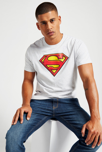 Superman Logo Print T-shirt with Round Neck and Short Sleeves
