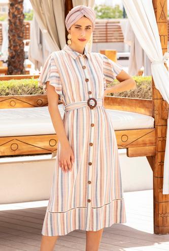 فستان قميص مخطط ميدي بأكمام طويلة وحزام