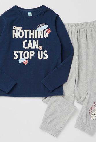 Graphic Print Long Sleeves T-shirt and Full Length Jog Pants Set
