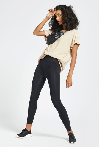 Solid Ankle Length Seamless Leggings with Elasticised Waistband