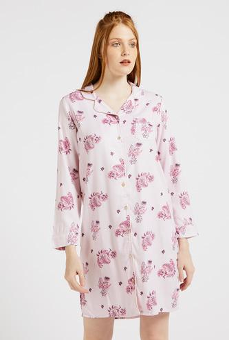قميص نوم بأكمام طويلة وتفاصيل جيوب وطبعات زهور بالكامل