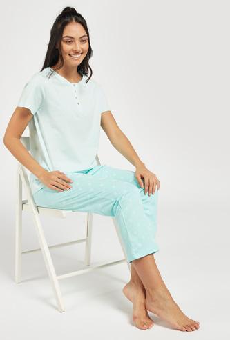 Solid T-shirt and Printed Pyjama Set