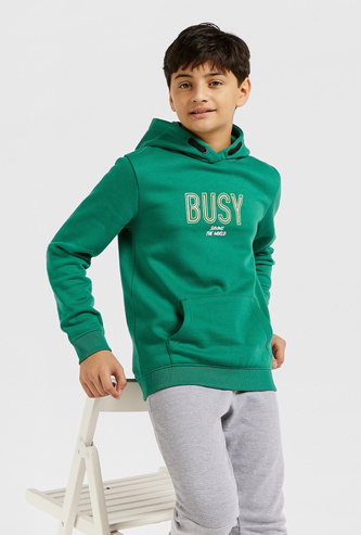Text Print Hooded Sweatshirt with Long Sleeves and Kangaroo Pocket