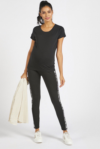 Mid-Rise Regular Fit Leggings with Side Text Print