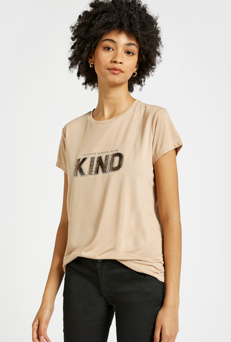 Embellished Slogan Print T-shirt with Short Sleeves