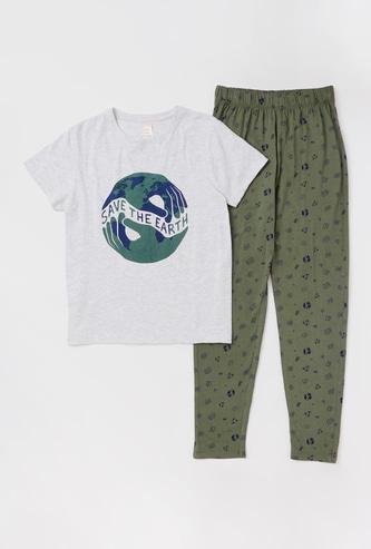Set of 2 - Graphic Print T-shirt and All-Over Printed Pyjamas