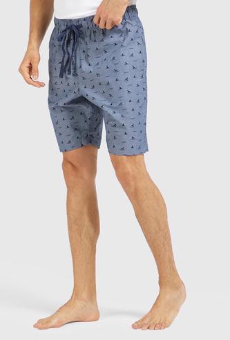 Printed Shorts with Drawstring Closure and Pockets
