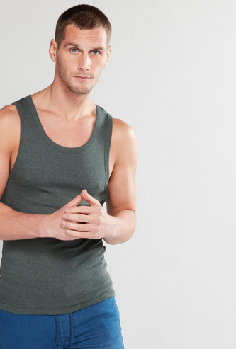 Ribbed Vest with Round Neck