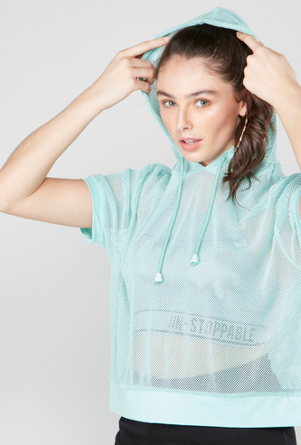 Solid Hooded Mesh T-shirt with Short Sleeves