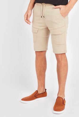 Slim Fit Solid Shorts with Pocket Detail and Elasticised Waistband