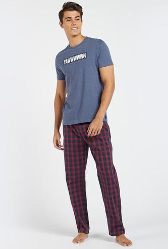 Printed Short Sleeves T-shirt and Chequered Pyjama Set