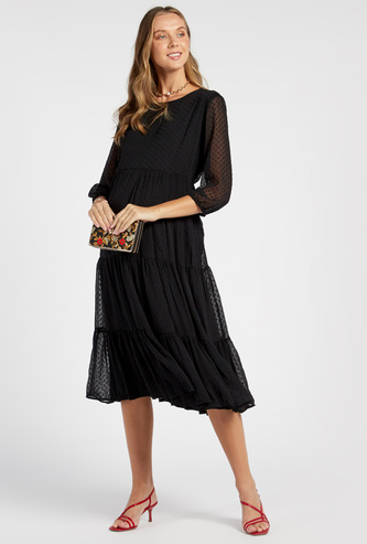 Textured Midi Tiered Maternity Dress with 3/4 Sleeves