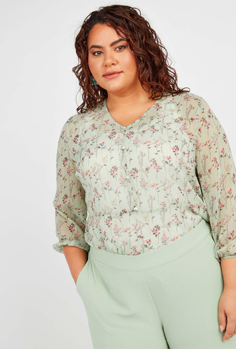 Printed Top with V-neck and 3/4 Ruffled Sleeves