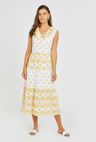 Textured Midi A-line Sleeveless Dress with V-neck