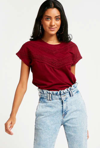 Round Neck T-shirt with Cap Sleeves and Crochet Panel