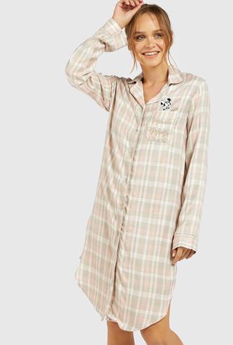 قميص نوم بياقة عادية وتصميم ميني ماوس مع أكمام طويلة وزر إغلاق
