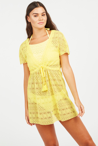 Textured Dress with Short Sleeves and Tie Ups