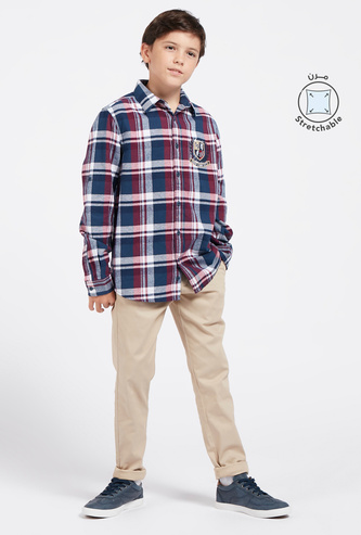 Solid Straight Fit Chinos with Pockets and Zip Closure