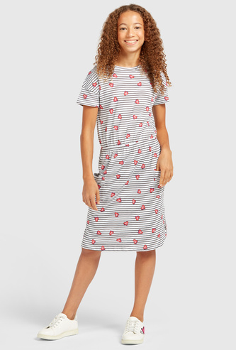 Printed Knee Length Dress with Short Sleeves and Pockets