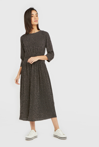 Printed Round Neck Midi Dress with 3/4 Sleeves and Pleats