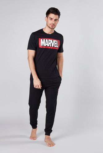 Marvel Print Round Neck T-shirt and Solid Pyjamas Set
