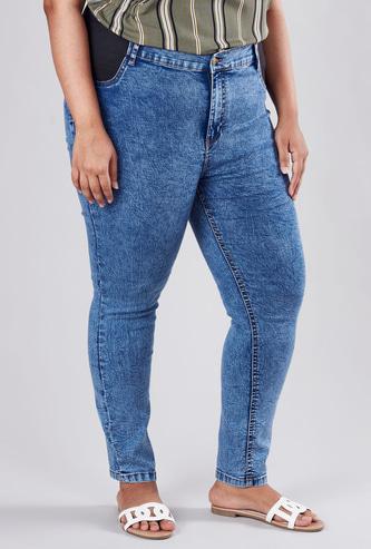 بنطلون جينز سادة بخصر متوسط الارتفاع وجيوب وحلقات للحزام