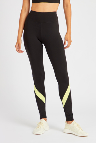 Solid Mid-Rise Leggings with Panel Detail