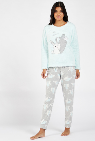Cozy Collection Long Sleeves T-shirt and All-Over Print Pyjama Set