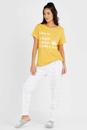 Printed Round Neck T-shirt with Full Length Pyjama Set